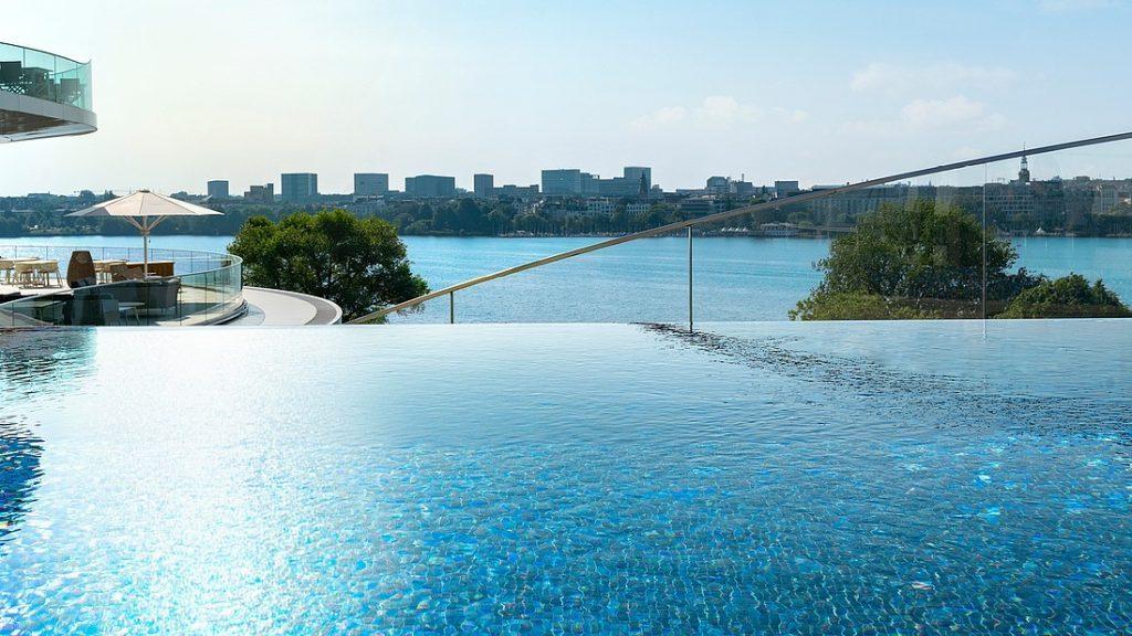 Fontenay Pool 2 1024x576