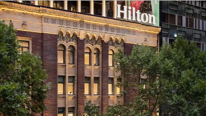 Hilton Außen