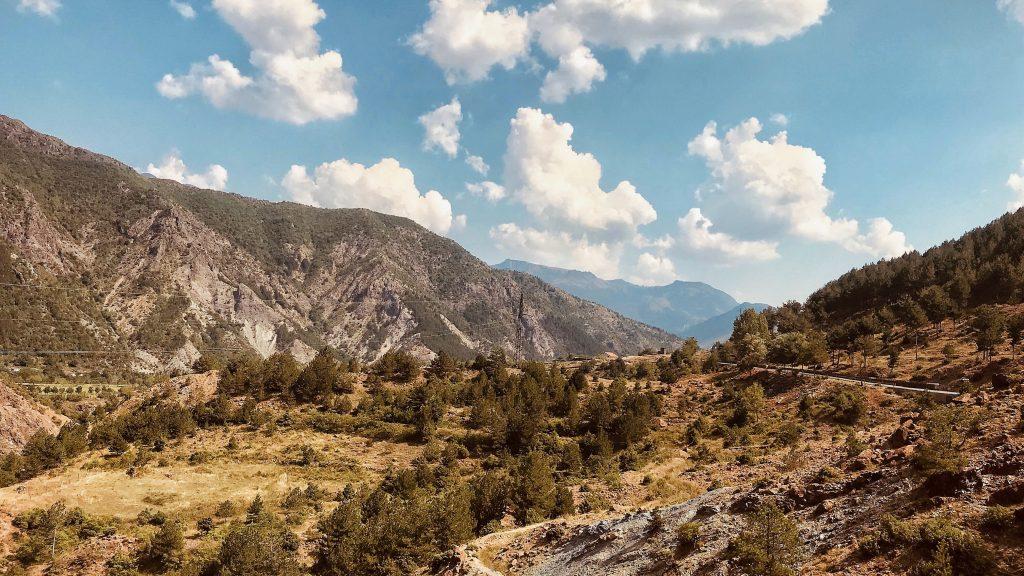 Albanien Huegel