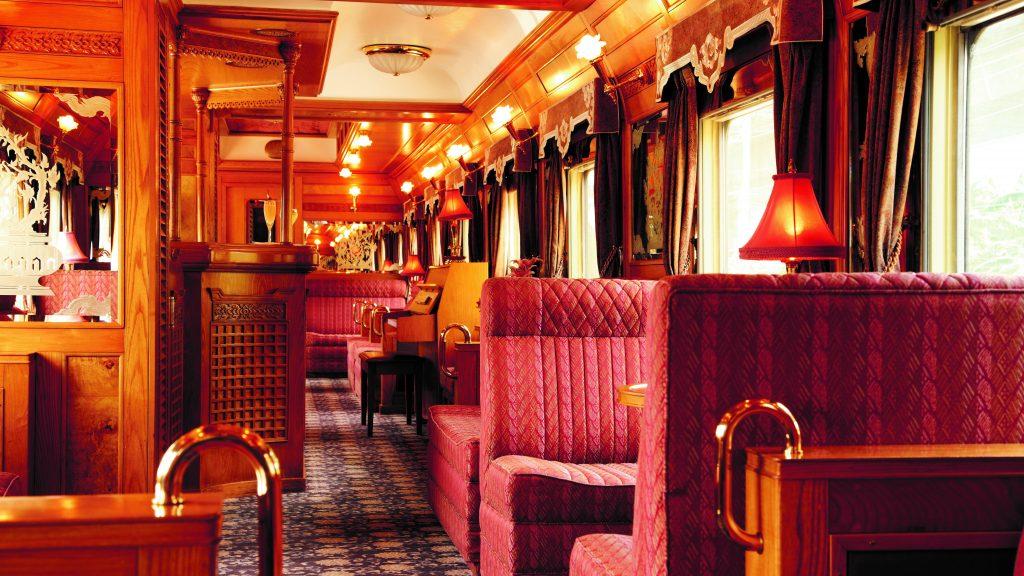 Belmond Eastern and Oriental Express Restaurant und Bar