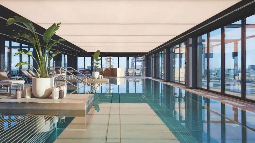 Andaz München Pool 1024x576