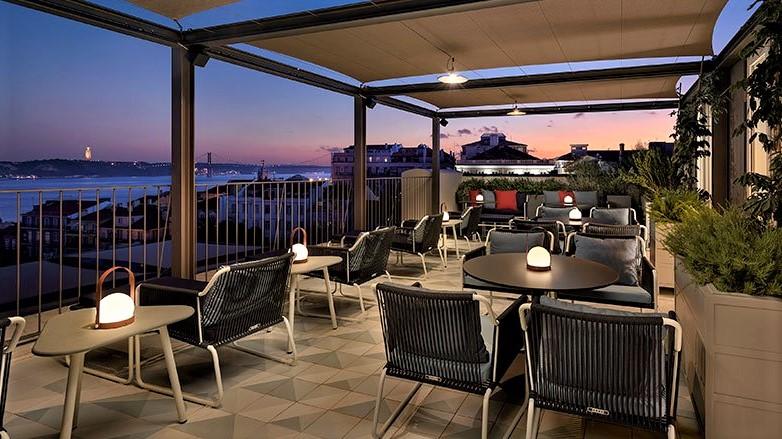 Bairro Alto Hotel Lissabon Rooftop Terrasse 2