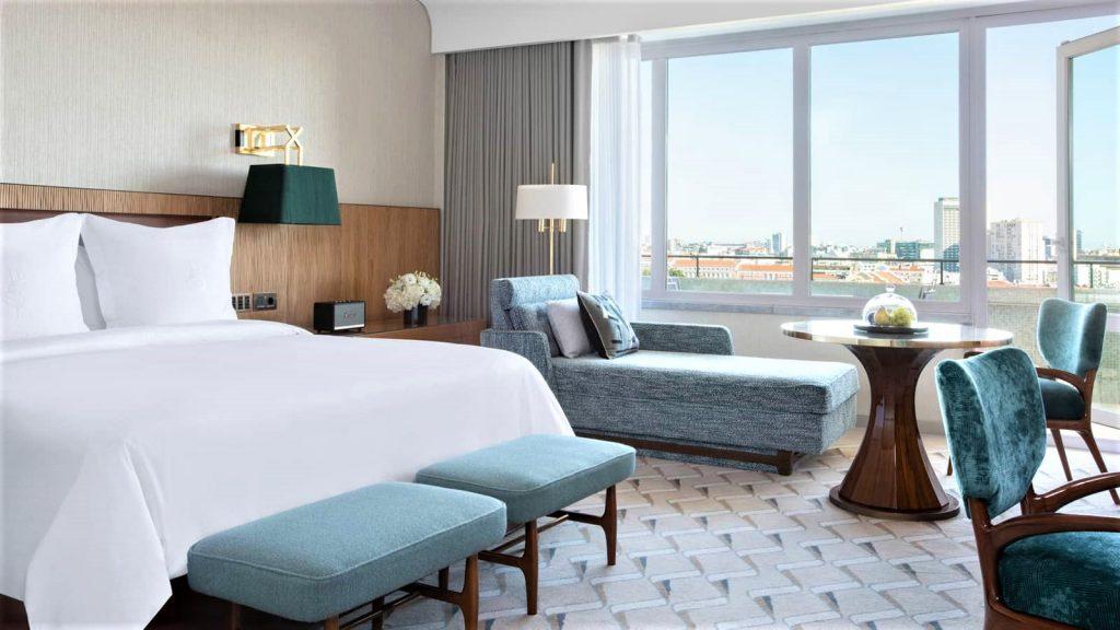 Four Seasons Ritz Lissabon Deluxe Room 2 1024x576