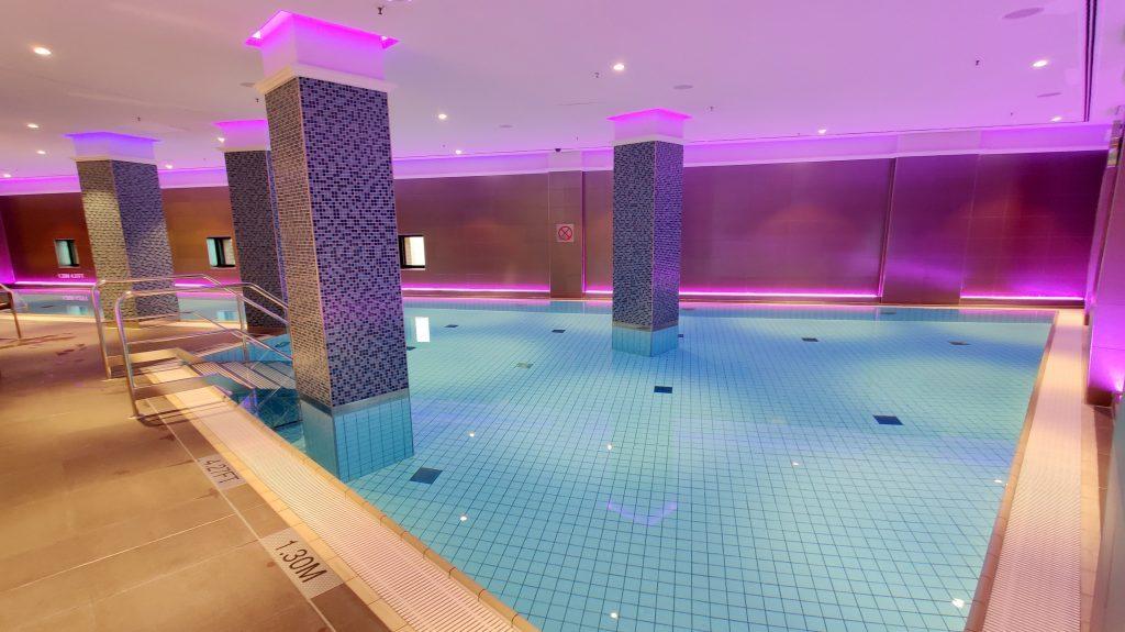 The Westin Hamburg Pool 4 1024x575