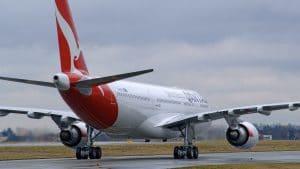 Qantas Airbus A330 200 2