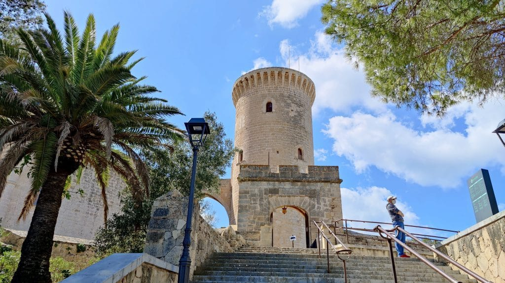 Castell De Bellver Palma De Mallorca 1024x575