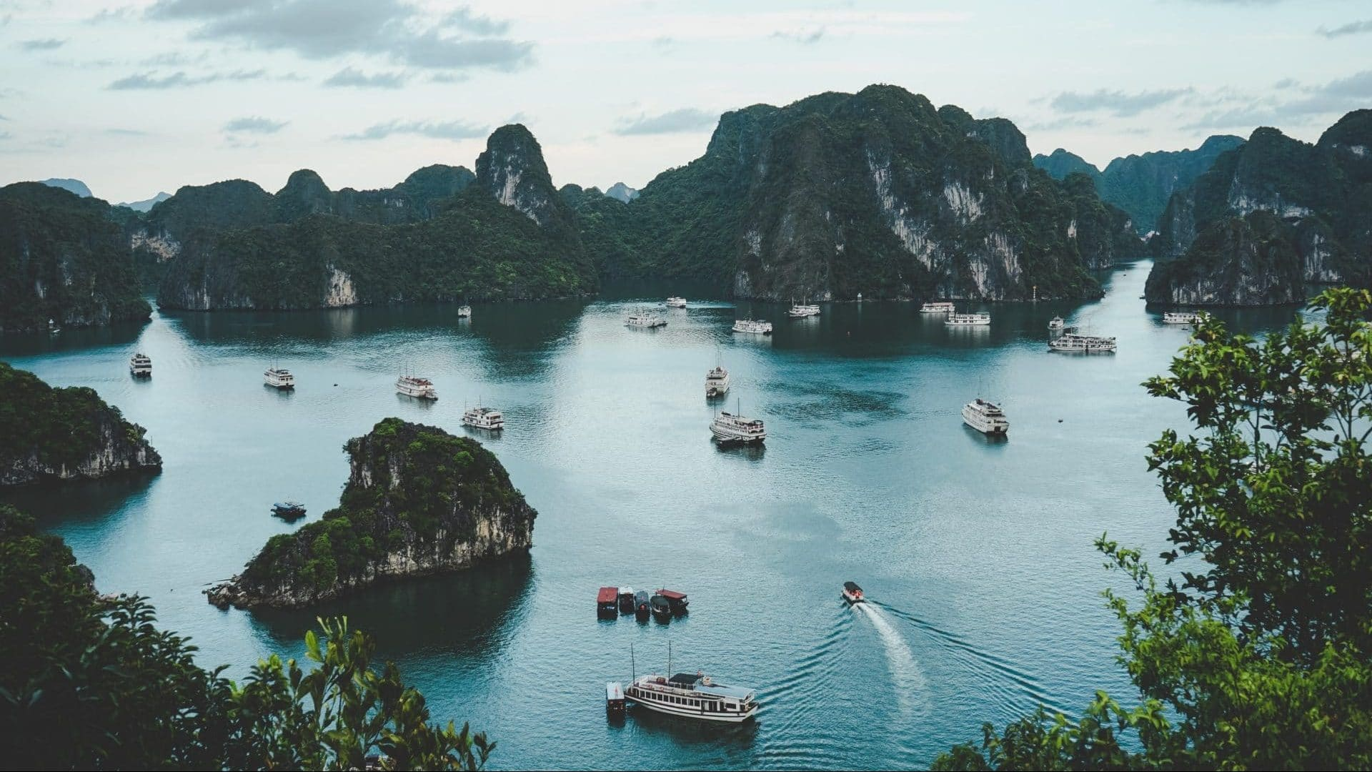 Vietnam Islands E1606924535110